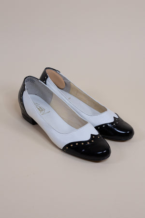 Vintage 60's Mod Black and White Loafer Heels - Gypsie Souls