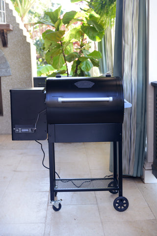Pellet Grill - 760 sq inch (Shipping Included)
