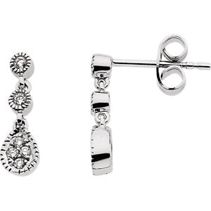 14K White 1/8 CTW Diamond Link Earrings