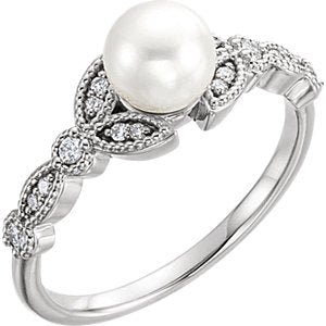 14K Freshwater Pearl & 1/8 CTW Diamond Leaf Ring