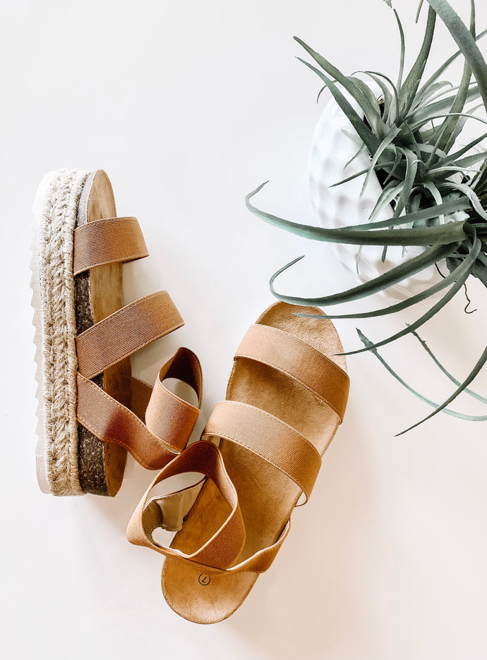 Making waves platform sandal
