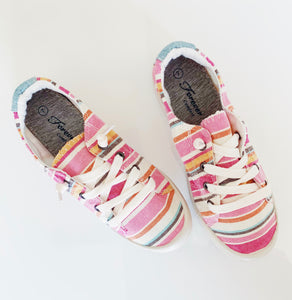 Multi pink comfort shoes