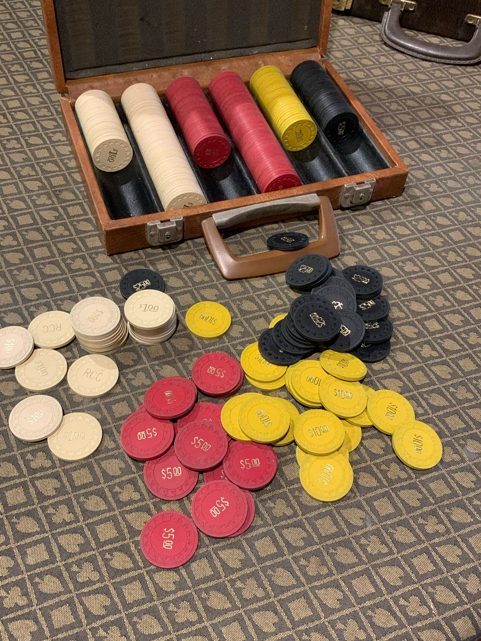 Vintage 1950's Clay Poker Chip Set - 4 Denominations - 294 Chips in Original Case Horsehead Mold
