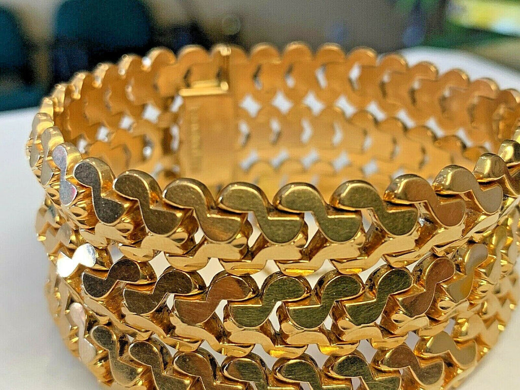 Vintage 18k (.750) Gold Ladies Bracelet 61.8 grams - 7 3/4 inches - 32.5mm