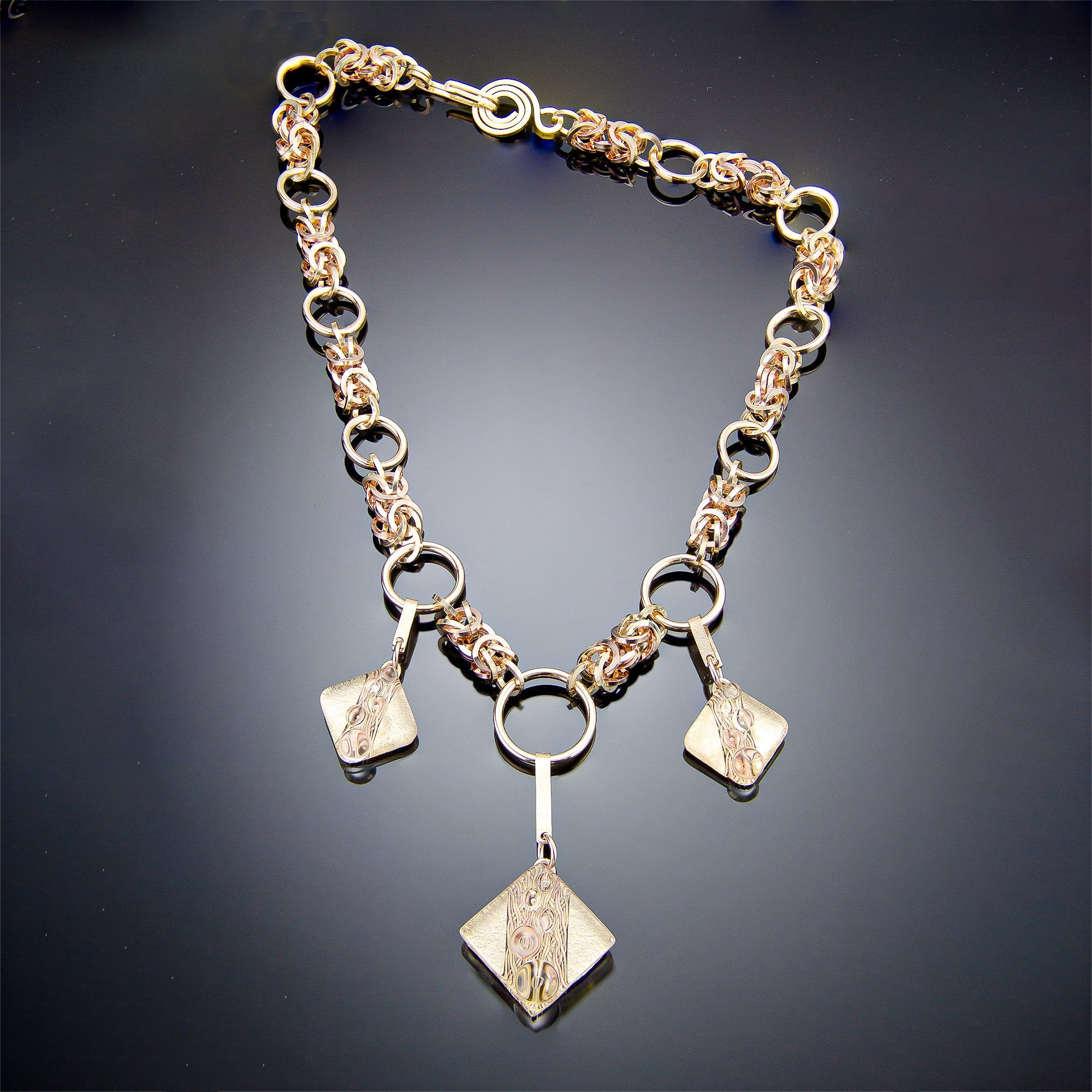 Tahmi - the art of woven metal: Bubbly Series - Woven Metal Handmade Necklace in Diamond and Gold