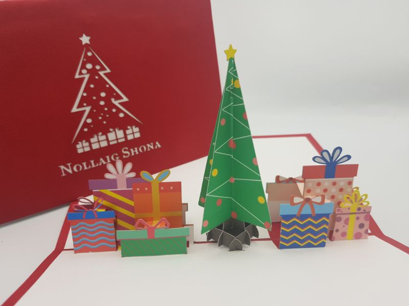 Nollaig Shona Tree & Presents