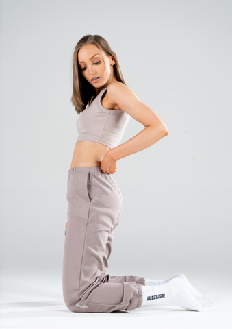 TAN TRACKPANTS