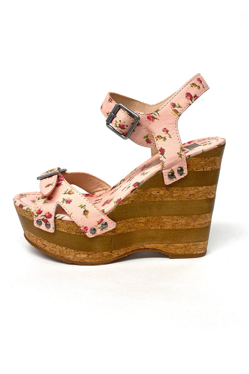 Karlie Wedge Rosebud Leather