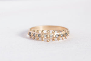 naida ring with gradient diamonds