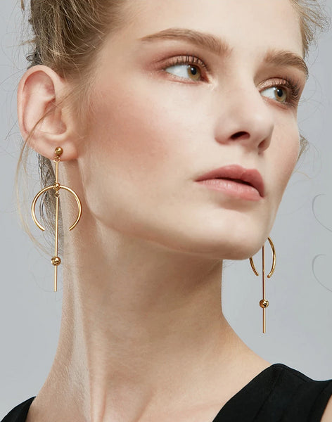 Circle Line Dangle Earrings