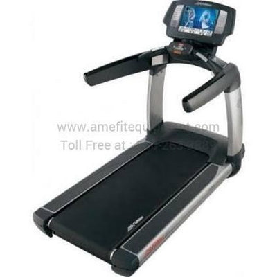 Life Fitness 95T Engage Treadmill (LF95ENGTR)