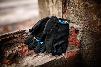 Ronde Renner Gloves Black/Navy/Pink