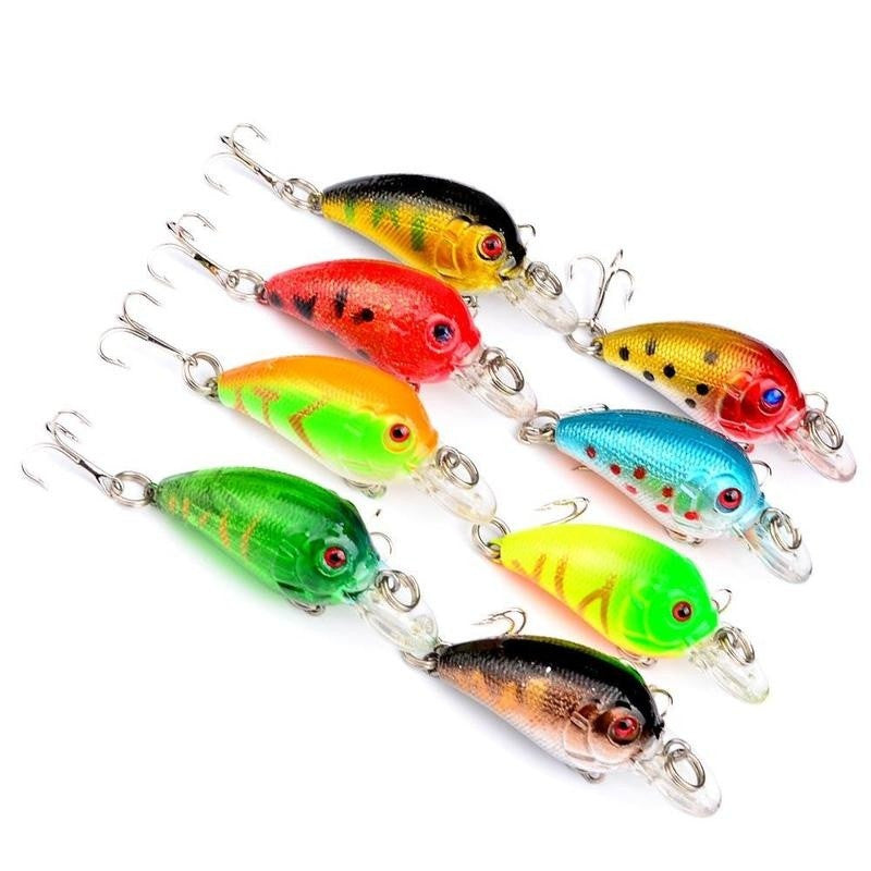 8pcs Plastic Fishing Lures Bass CrankBait Crank Bait Tackle Color Random
