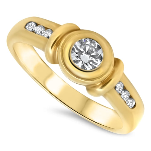 18k Yellow Gold Diamond Engagement Style Ring