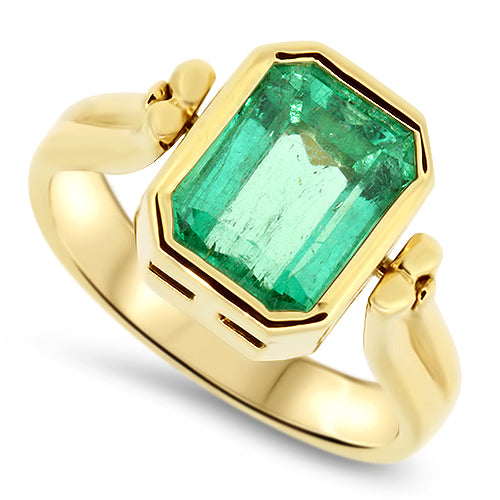 3.55ct Natural Emerald Handmade Ring in 18k Yellow Gold