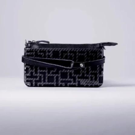 Xyz 3D CROSSBODY BAG, BLACK
