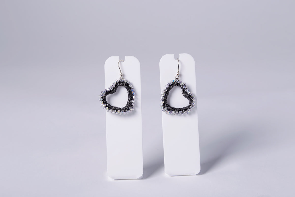 SMALL CROCHET EARRING, BLACK