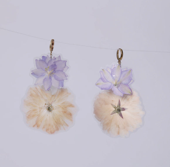 GLORIA EARRINGS, Lilac-Cream