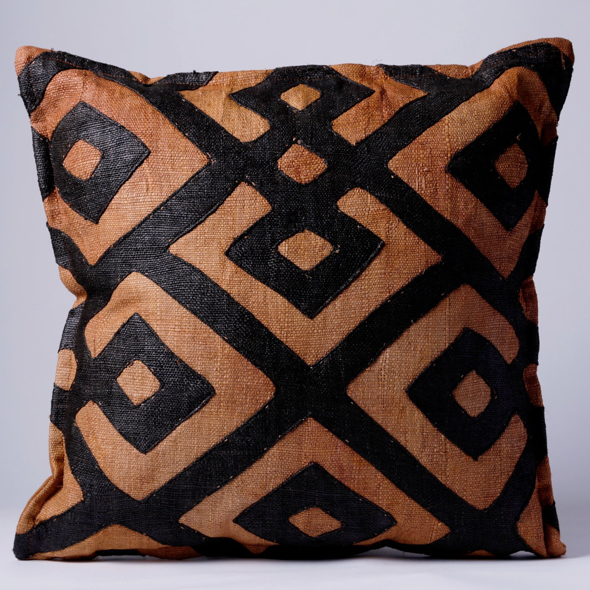 SAMBOUE PILLOW, DARK BROWN