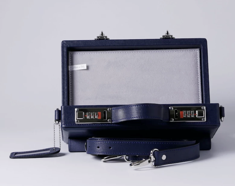Classic Briefcase Blue Leather with locks,