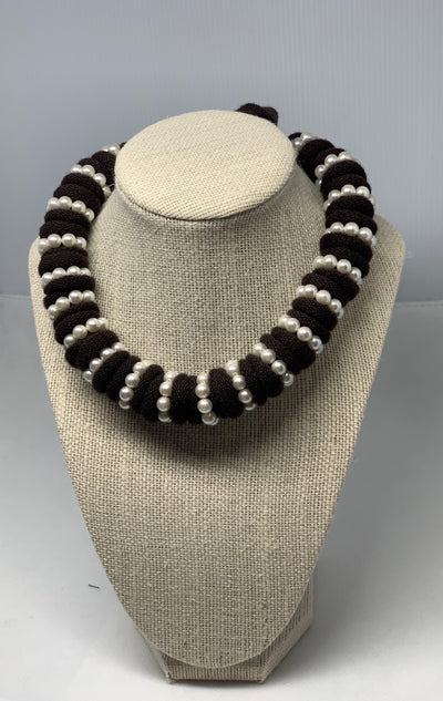 Corinna chocker handmade 100% merino wool  with pearls color brown