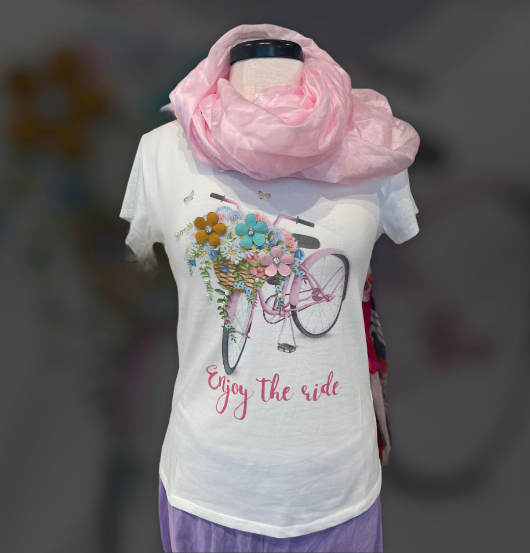 T-shirt 100% cotton bike and flowers one size fits all