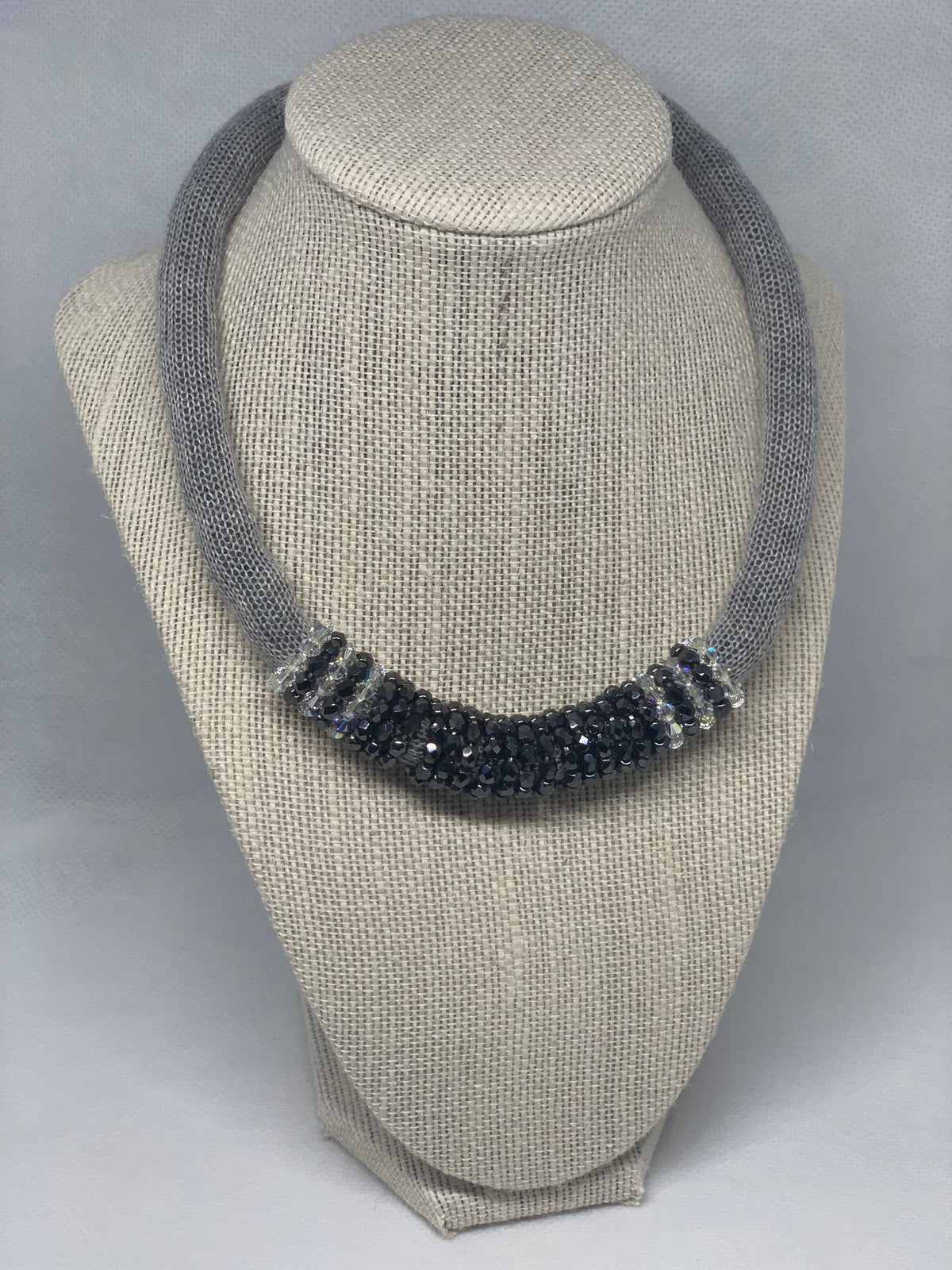 Corinna chocker grey 100% cotton and crystal swarovski