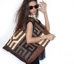 Samboue Purse in rafia and leather