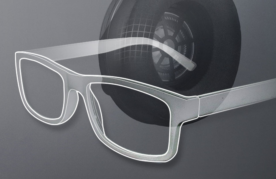 Turtle Beach product feature showcasing glasses friendly
