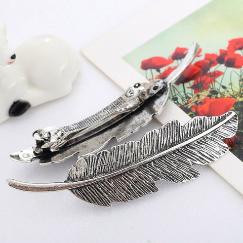 Retro Feather Hairgrips