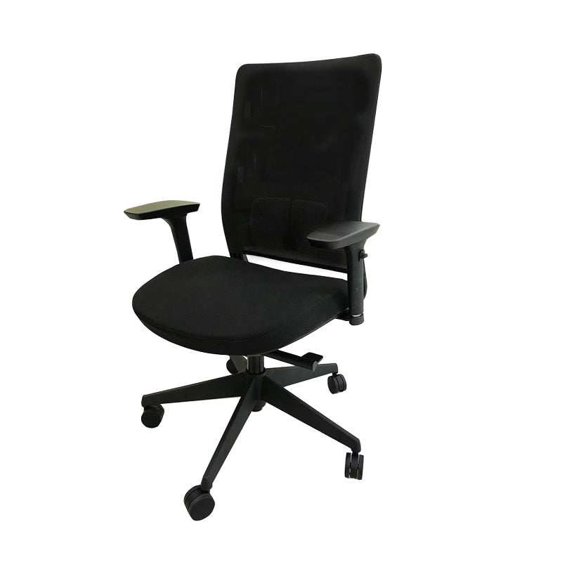 ue-nordic-style-ergonomic-office-chair-marc-1