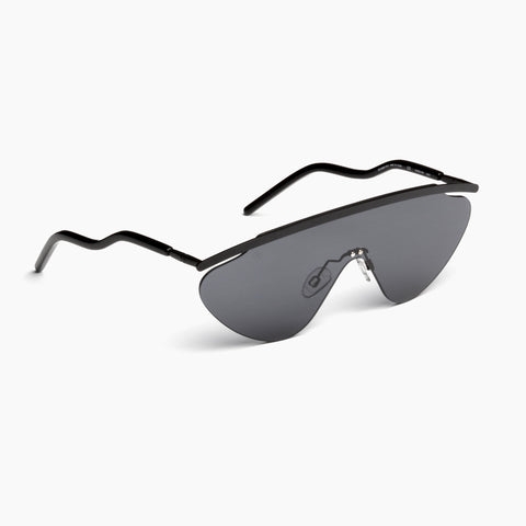 Akila Eyewear Aero Sunglasses in Black / Black