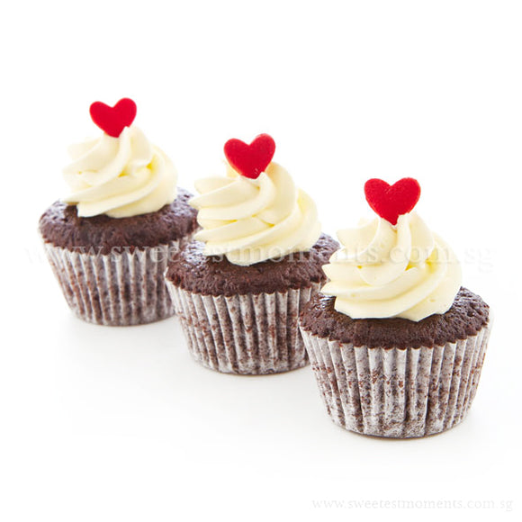 CWM01 Sweetheart Full Month Birthday Wedding Corporate Mini Cupcakes Buttercream Sweetest Moments