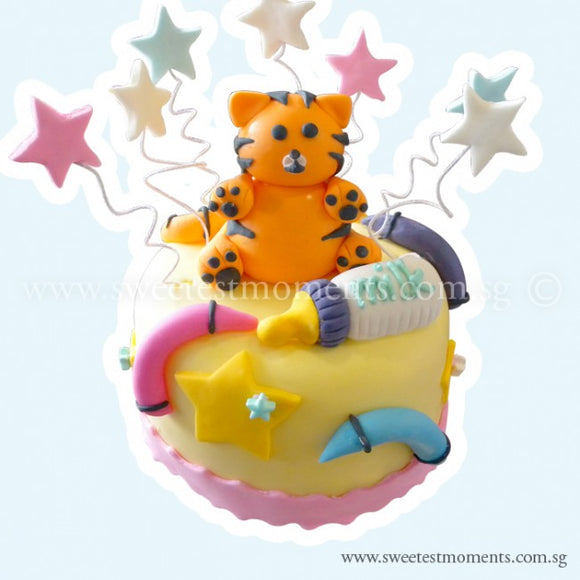 CKR21 Fun Cub Sweetest Moments Birthday Cake Fondant