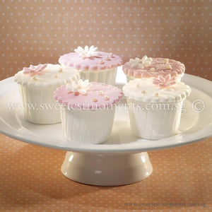 CW04 Pearlavish Sweetest Moments Wedding Standard Cupcake Fondant
