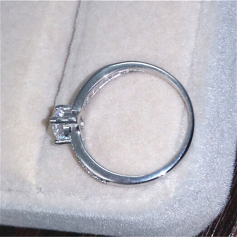 Round Stone Cubic Zirconia Simple Silver Ring