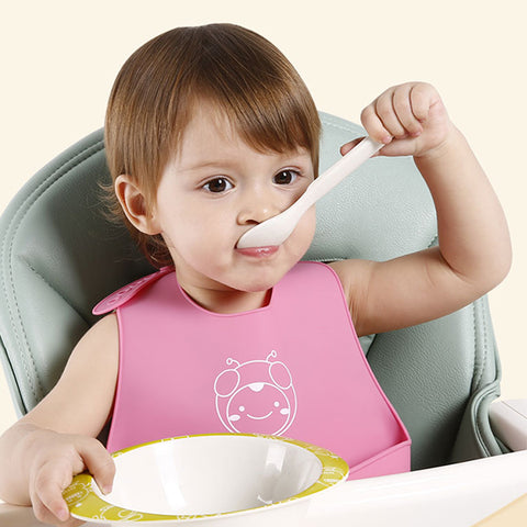 Light and soft cute waterproof Silicone Baby Bibs for infant