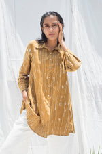 Neer Curved Hem Shirt - Auruhfy India