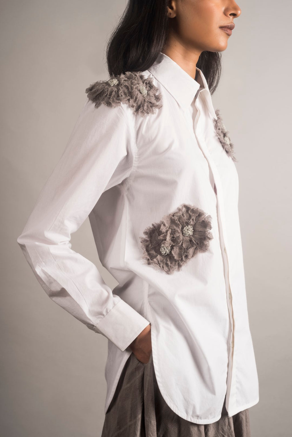 Embellished White Poplin Shirt - Auruhfy India