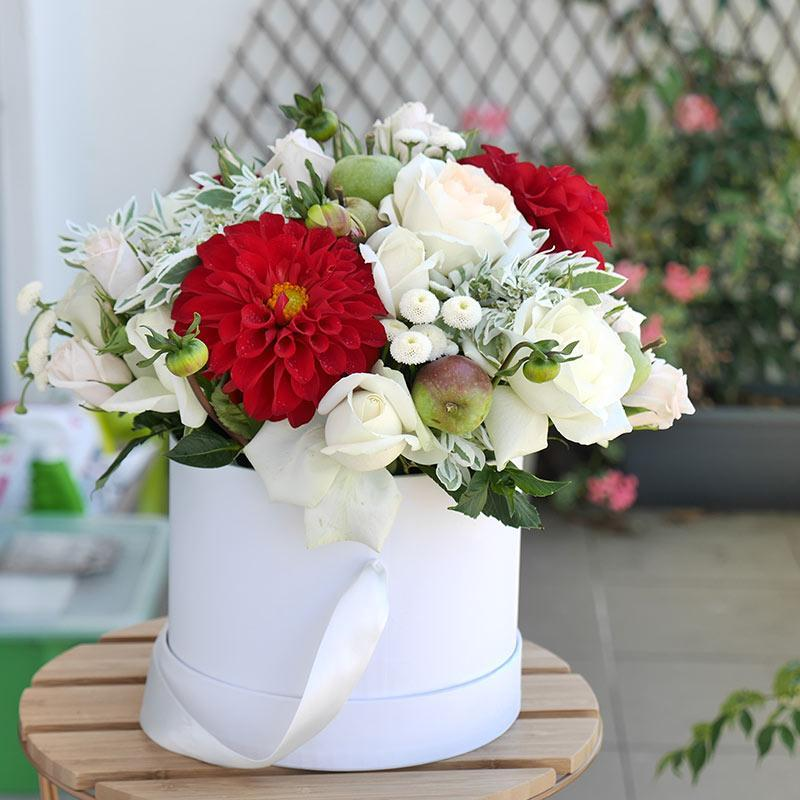 Anatasia - Red dahlias with white roses flower box - Florii Flower Studio