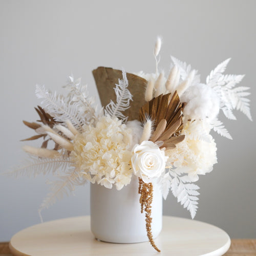 Everlasting flower arrangement - Natural colour tone - Florii Flower Studio