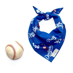 Clothes-Companion-Dodgers-Classic-Tie-Dog-Bandana-Dodgers.jpg