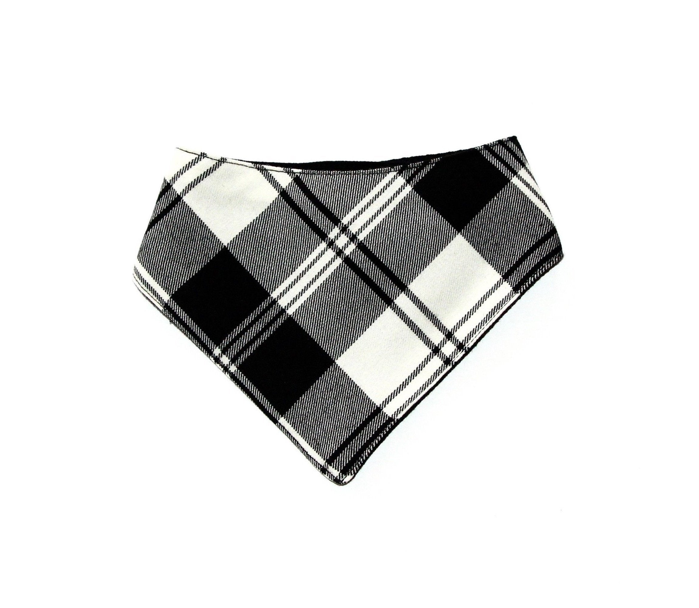 Clothes Companion The Toby Double-Snap Dog Bandana