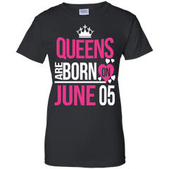 05 June Woman Shirts Queens Are Born On June 05 Hoodies Sweatshirts