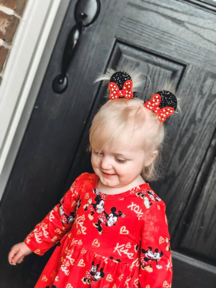 Mouse EARS & Red Bow Piggie Clips Set