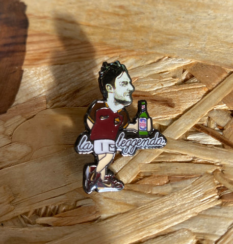 Totti limited edition Pin