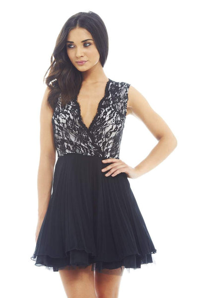 Lace Kick Out Net Pleat  Dress