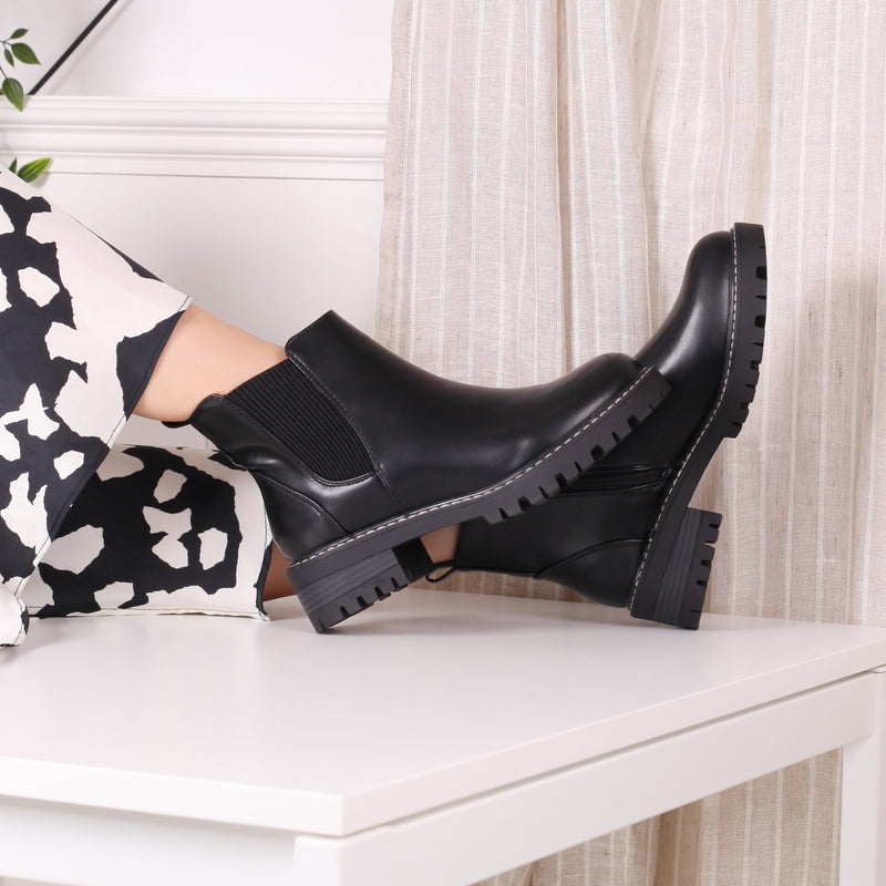 EDIE - Black Nappa Chunky Chelsea Boot With White Stitching