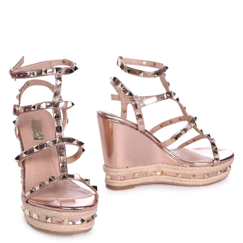 852d58c7c199 SHANON - Rose Gold Nappa Wedge With Studded Detail
