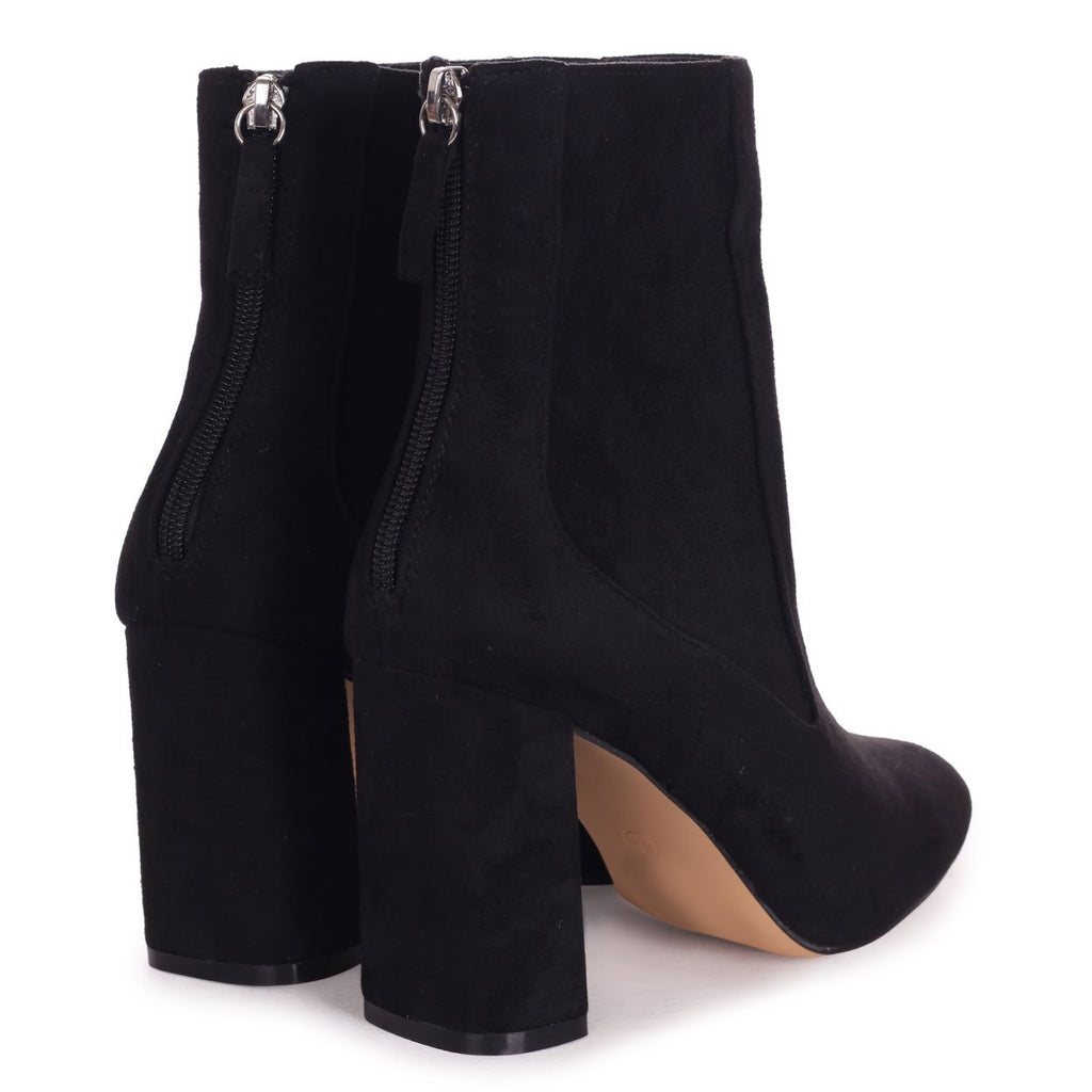 ONLY LOVE - Black Suede Round Toe Block Heeled Boot